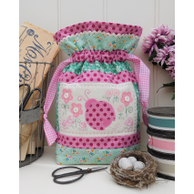 Lucy Ladybug - Bag by Sally Giblin, The Rivendale Collection Sewing Buddies Australia