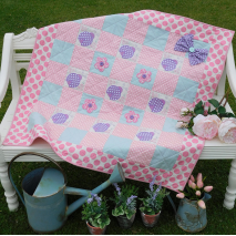 Snuggle Bug - Quilt by Sally Giblin, The Rivendale Collection Sewing Buddies Australia