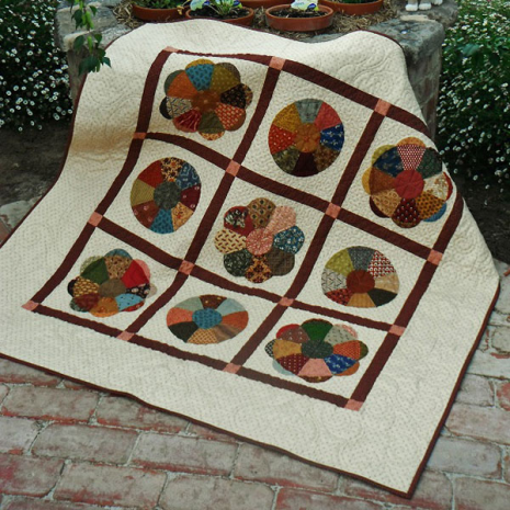 The Mill Flower Quilt Pattern Incl. Templates by Zoe Clifton